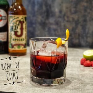 Rum 'N' Coke cocktail
